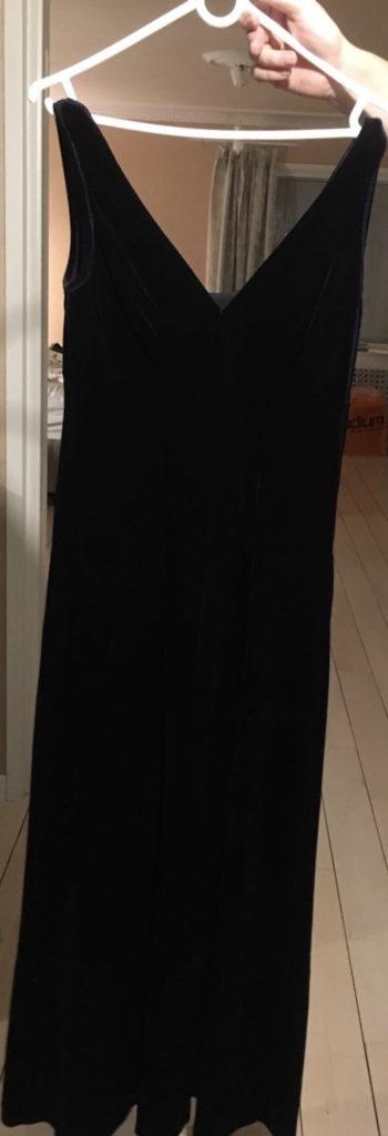 1920slong_black_dress